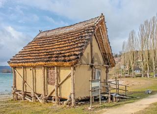 Nachbau einer Pfahlbauhütte, Öhningen-Wangen