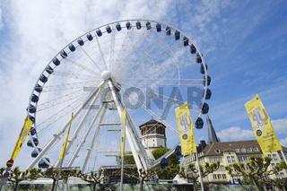 Riesenrad am Burgplatz, Duesseldorf, Nordrhein-Westfalen, Deutschland, Europa