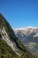 Zugspitze vom Eibsee im Herbst aus gesehen