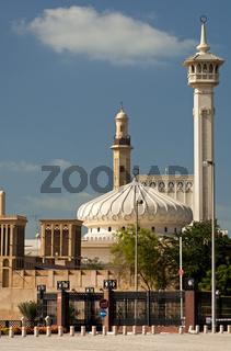 Moderne Moschee im Bastakiya Viertel