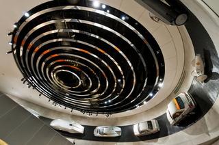 Deckenkonstruktion im Mercedes Benz Museum Stuttgart