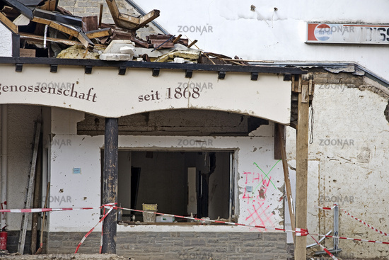 Destroyed house, oldest wine cooperative since 1886, flood disaster 2021, Mayschoss, Germany, Europe