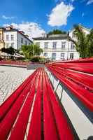 Rote Bank an der Überlinger Bodenseepromenade
