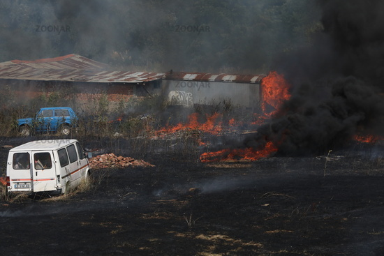 A team of firefighters extinguished a fire near the southern ring road in Sofia