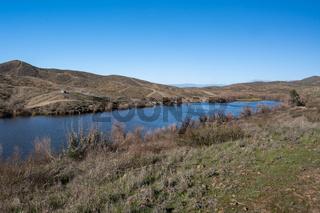 A beautiful overlooking view of nature in Lake Elsinore, California