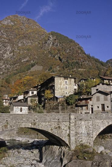 village in Val Masino