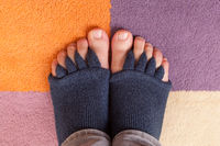 Bunion, hallux valgus. Separator socks.