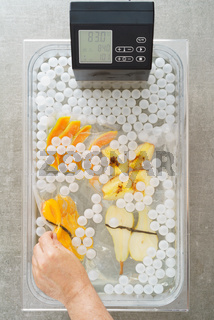 Sous vide cooking of fruit