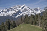 View of the Wetterstein mountains