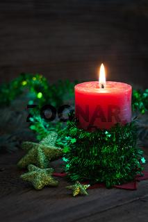 Kerze mit Deko