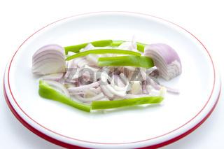 Zwiebel mit Paprika