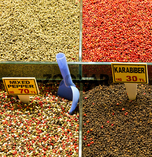 Pepper and Spices at the Great Bazaar