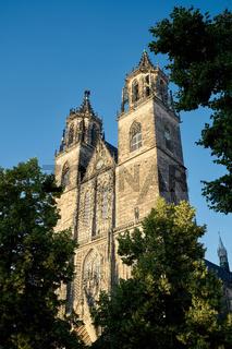 Ansicht des historischen Magdeburger Domes in der Altstadt