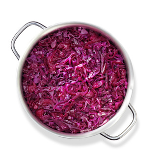 Cooking red cabbage