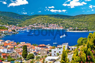 Town of Vis bay and waterfront view