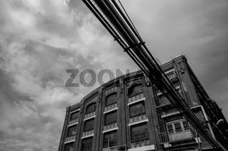 Historisches Fabrikgebäude in einer Chemiefabrik