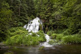 Thusfall - 28 Meter hoch - Wasserfall der Eger der 1x im Jahr zu Pfingesten im Thus bei Dürnberg vom Mühlbach aus in die Tiefe stürzt