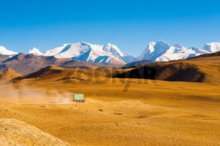 Road Himalaya Mountain Peaks Truck Transportation