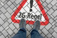 Warning sign: 2G-Regel (2G rule)