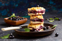Slices of berry pie with streusel.