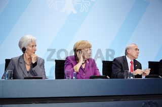Merkel receives economic organization leaders