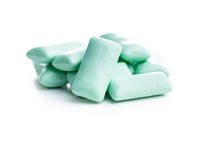 Mint chewing gum pads.