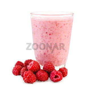Milkshake with raspberries