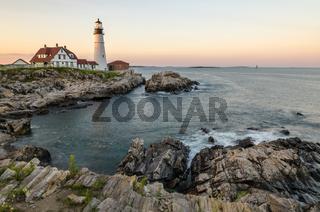 Portland Head Light im Morgenlicht, Cape Elizabeth, Portland, Maine, New England, USA, Nordamerika