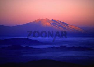 Volcan Ollague (Volcán Ollagüe) hinter Salz See