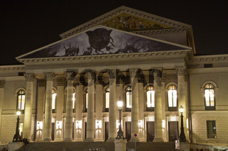 Nationaltheater in München bei Nacht