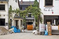 Clean-up work at the Gasthof Weingut Kreuzberg, flood disaster 2021, Dernau, Germany, Europe