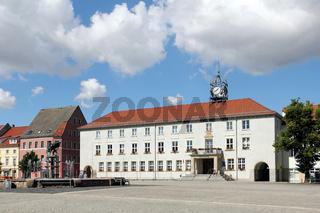 Markt und Rathaus in Anklam