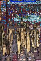 Stehende Buddha Figuren in Samabhanga Pose mit beiden Armen an der  Körperseite ausgestreckt