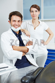 Kompetentes Zahnarzt-Team