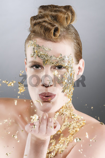 Luftkuss mit Gold
