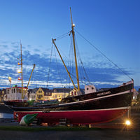 Bucket layer Hildegard, museum ship in the inland port in the evening, Husum, Germany, Europe