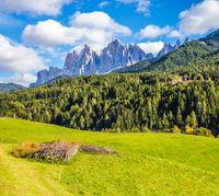 Dolomite rocks
