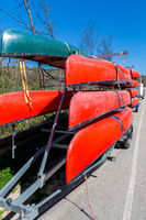 Transport of canoes on a trailer