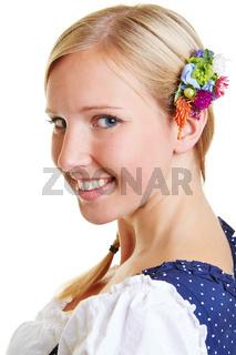 Portrait einer glücklichen bayrischen Frau
