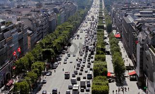 Avenue des Champs-Élysées;