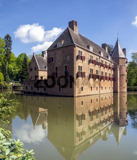 Castle Het Oude Loo in Apeldoorn