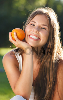 Beautiful young girl with open smile