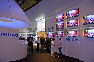 Flachbildschirme der Firma Philips auf der Internationalen Funkausstellung IFA 2012 in Berlin, Deutschland, Europa