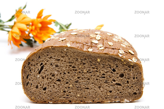 Grain bread with flowers