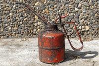 Old red oil syringe