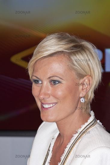 Kamilla senjo moderatorin Kamilla Senjo