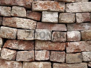 gestapelte Mauersteine