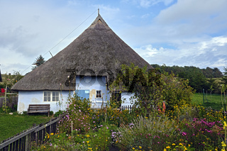 Pfarrwitwenhaus Groß Zicker auf der Halbinsel Mönchsgut auf der Insel Rügen.