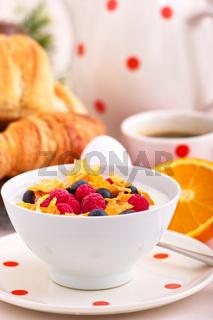 Cornflakes und Fruchtquark