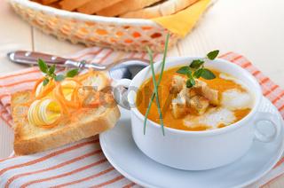 Frische Karottensuppe
